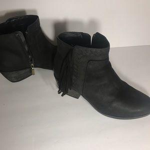 Clark's black boots